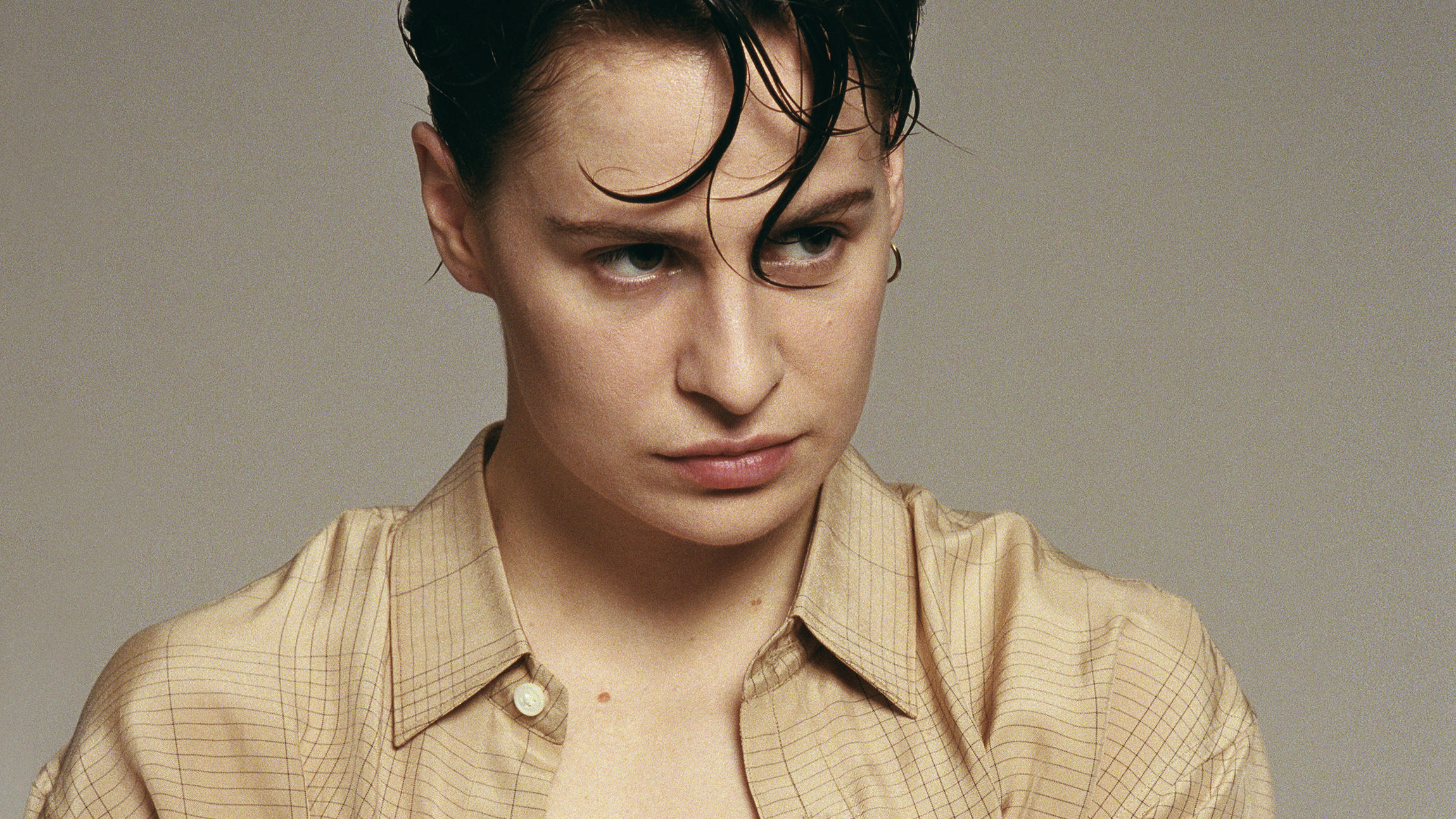 Christine and the Queens Chris Review